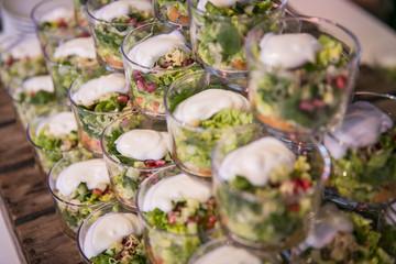 Catering / Salat im Glas mit Dressing