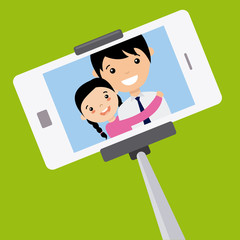 Dad and daughter become a selfie with the mobile
