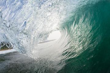 Poster de jardin Eau Wave Inside Hollow Swimming Ocean