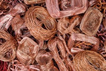 Kupfer und abisolierter Kabelschrott