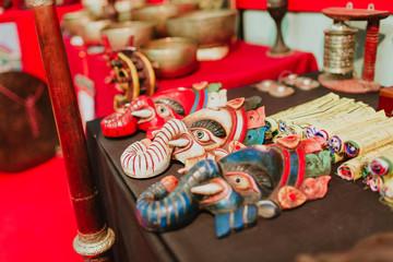 Maschere demoni cinesi artigianato etnico