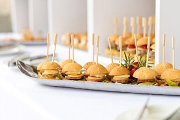 Mini hamburgers, finger food, mini burgers, party food, sliders.