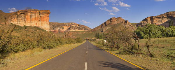 Road through the Golden Gate Highlands NP in South Africa