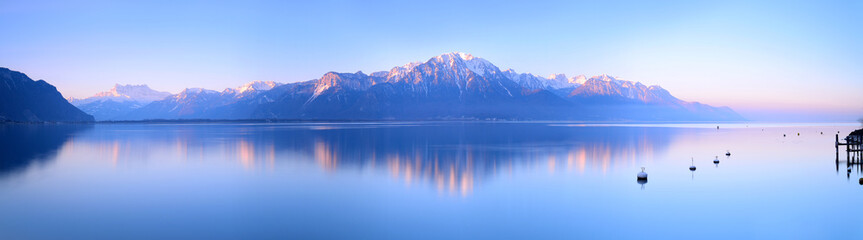 Poster Mountains Switzerland Landscape : Lake Geneva of Montreux at sunrise