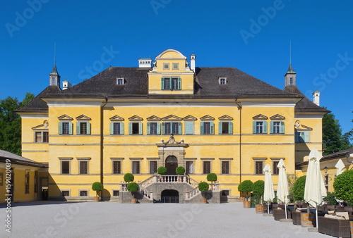 Beste Spielothek in Hellbrunn finden