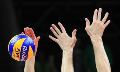 Volleyball - Men's Bronze Medal Match USA v Russia