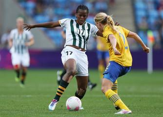 Cameroon v Brazil - London 2012 Women's Olympic Football Tournament - Group E