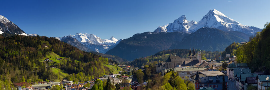 Panorama of the city of Berchtesgaden