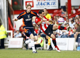 Brentford v Luton Town Coca-Cola Football League Two