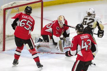 NHL: Pittsburgh Penguins at Ottawa Senators
