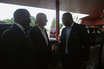 Infantino is received on arrival by Ozigbo in Abuja