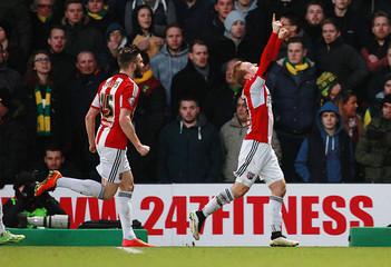 Norwich City v Brentford - Sky Bet Football League Championship