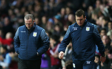 Aston Villa v Manchester United - Barclays Premier League