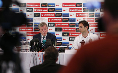 England manager Roy Hodgson (L) and Frank Lampard during the press conference