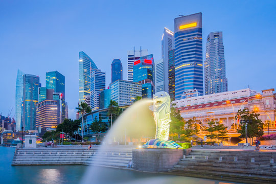 The Merlion and buidlings in city center of Singapore