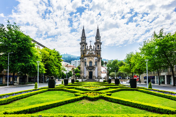 Stores à enrouleur Edifice religieux Igreja de Nossa Senhora da Consolacao e Dos Santos Passos (Sao Gualter Church) in the Old City of Guimaraes, Portugal. The church was built in 18th century with Baroque style and Rococo decoration.