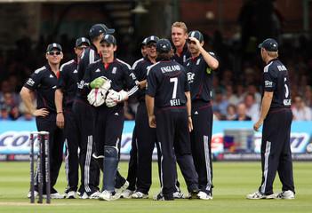 England v Australia Fifth NatWest One Day International