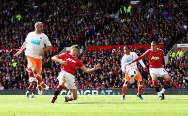 Manchester United v Blackpool Barclays Premier League