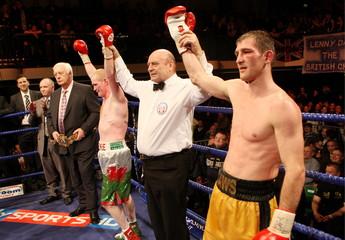 Lenny Daws v Jason Cook British Light-Welterweight Title