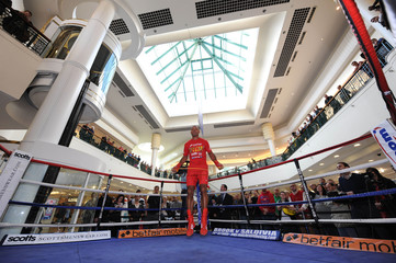 Kell Brook & Jamie McDonnell Public Work-Out