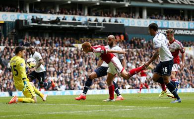 Tottenham Hotspur v Fulham - Barclays Premier League