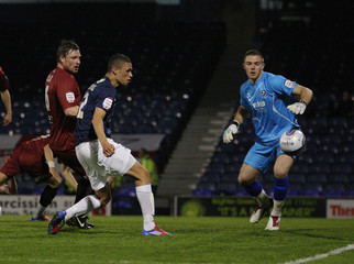 Southend United v Cheltenham Town npower Football League Two