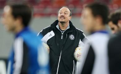 Chelsea interim manager Rafael Benitez during training