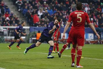 Bayern Munich v Arsenal - UEFA Champions League Second Round Second Leg