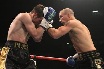 Amir Khan v Paul McCloskey WBA Light-Welterweight Title