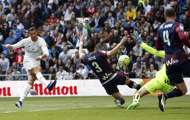 Football Soccer - Real Madrid v Eibar - Spanish Liga BBVA