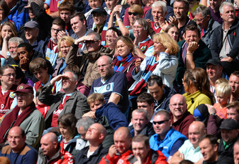 Burnley v Manchester United - Barclays Premier League