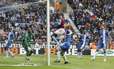 Wigan Athletic v West Ham United Barclays Premier League
