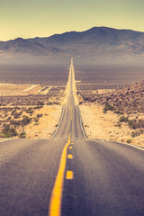 Fototapete - Highway in the American West, USA