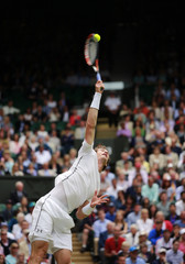 Men's Singles - Great Britain's Andy Murray in action during his quarter final match