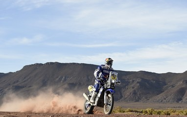 Rodrigues of Portugal rides his Yamaha during of the sixth stage in the Dakar Rally 2016 near Uyuni