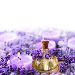 Lawenda - olejek lawendowy i świeca zapachowa