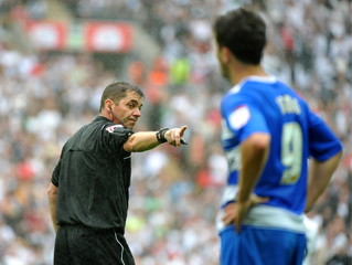 Referee Phil Dowd