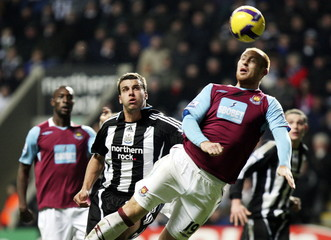 Newcastle United v West Ham United Barclays Premier League