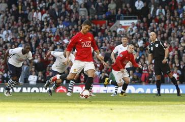 Manchester United v Tottenham Hotspur Barclays Premier League