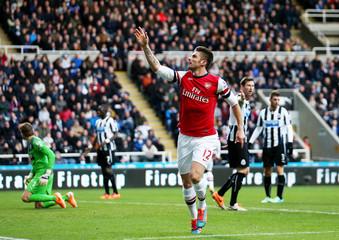 Newcastle United v Arsenal - Barclays Premier League