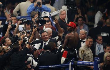 Floyd Mayweather v Marcos Maidana WBC & WBA Welterweight Title's