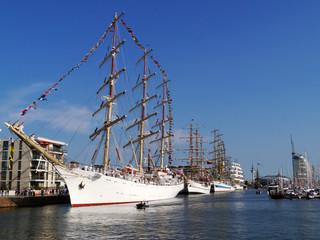 Segelschulschiffe am Pier Sail Bremerhaven
