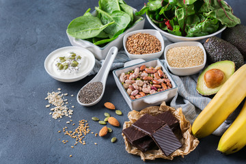 Foto auf Leinwand Sortiment Assortment of healthy high magnesium sources food
