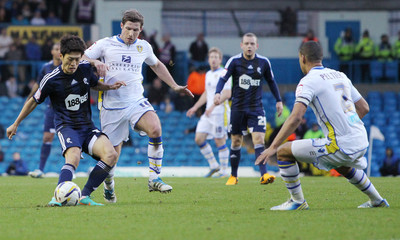 Leeds United v Bolton Wanderers - npower Football League Championship