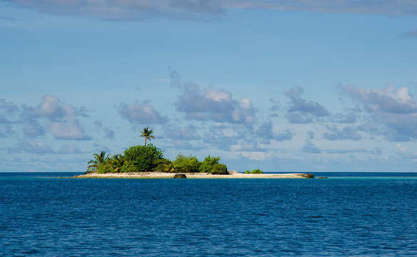 Isolated island in the ocean