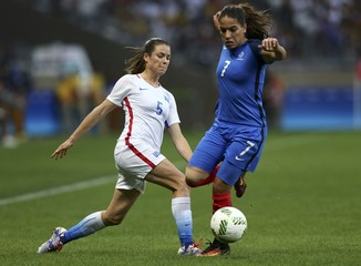 Football - Women's First Round - Group G USA v France