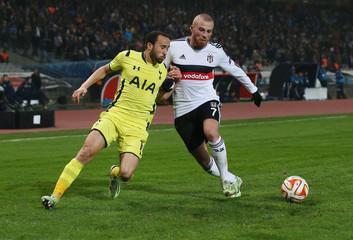 Besiktas v Tottenham Hotspur - UEFA Europa League Group Stage Matchday Six Group C