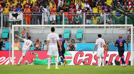 Spain v Netherlands - FIFA World Cup Brazil 2014 - Group B