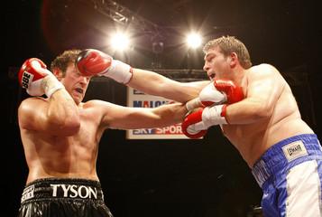 John McDermott v Tyson Fury English Heavyweight Title
