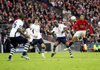 Tottenham Hotspur v Manchester United Carling Cup Final